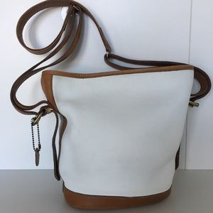 Roots White/Brown leather Bucket Shoulder Crossbag